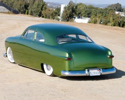 0711rc_03_z+1950_ford_sedan+rear_left_view_convert_20090209093713.jpg