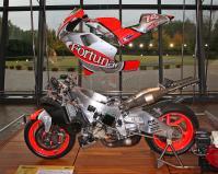 MotoGP 特別展示~02年型 NSR500