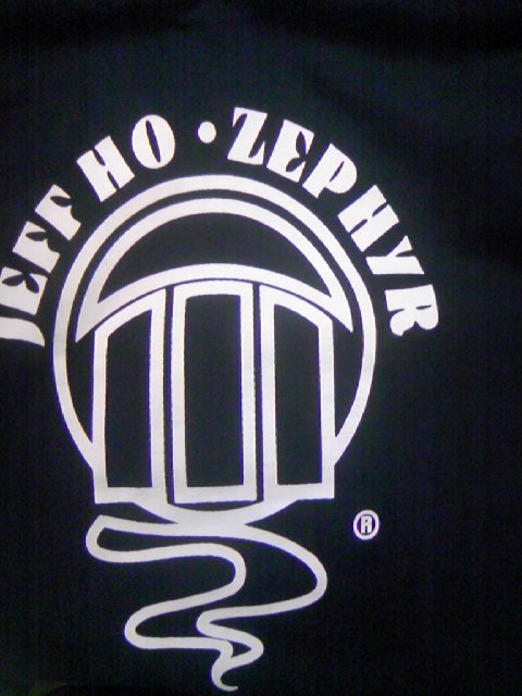 Zephyr Standard Logo LS-T 4-3