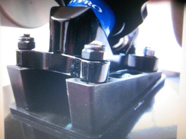 Khiro Angeled Wedge Rail Raiser Kit 14-4