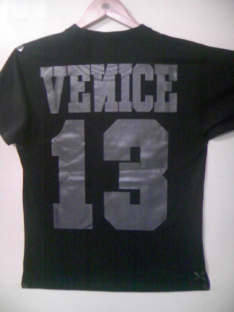 Venice 13 The Black Out Colledge T 9-2