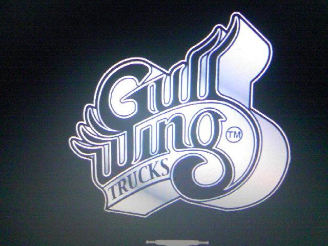 Gullwing pop 10-1