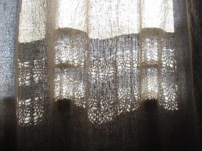 リネンのレースカーテン