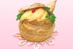 桃のシュークリーム
