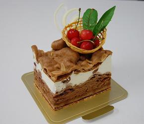 2010年6月のサンクスケーキ「さくらんぼのフロッケンザーネ」