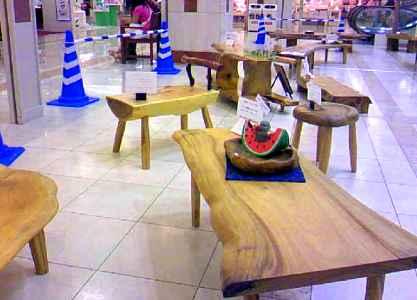 ゆめタウン久留米~展示会、テーブル。