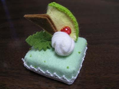 フェルトのケーキ2