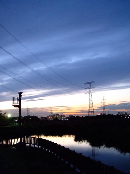 秋の夕景101106