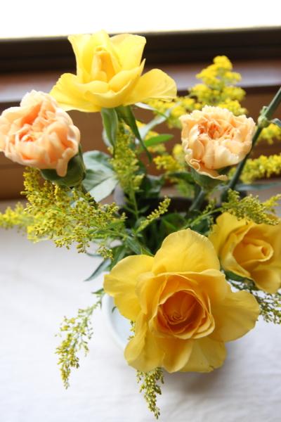 玄関の花120330