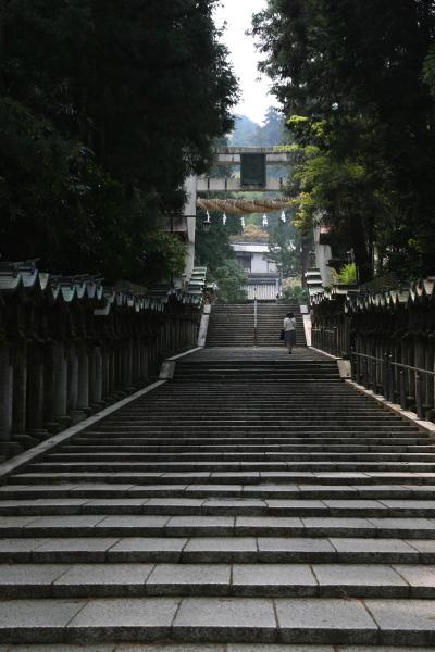 宝山寺参道110908