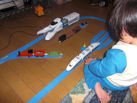 sora train 002