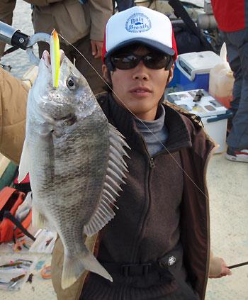 ヌーチーちゃんまで飛び出して今日は10目釣りでした。