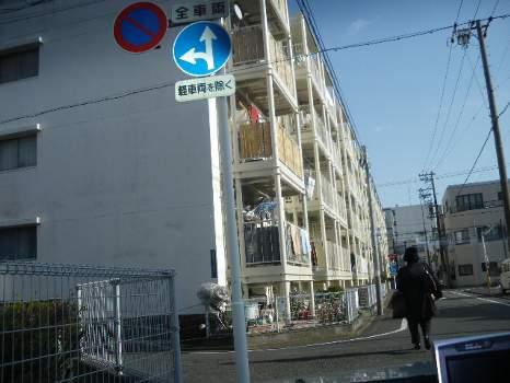 駒形のアパート