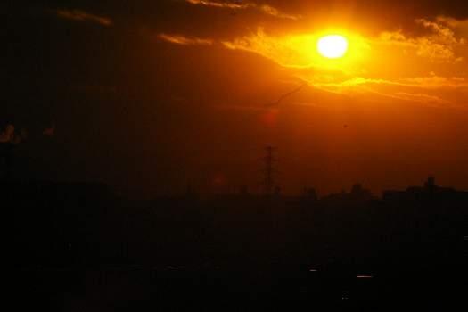 沈みかける冬の太陽