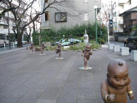 童々広場の童子jpg