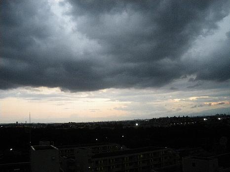 雨と晴れとの境目