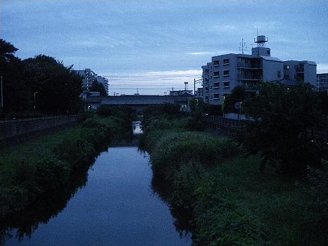 空堀川夏の夕景