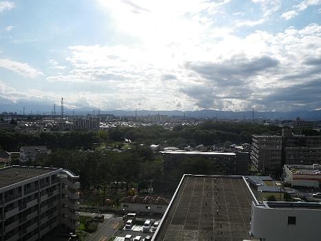 東京の秋空