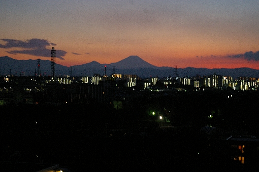 夕暮れ10月の富士