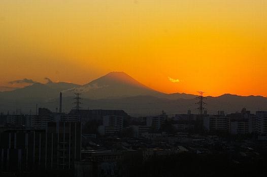 新年富士の夕景