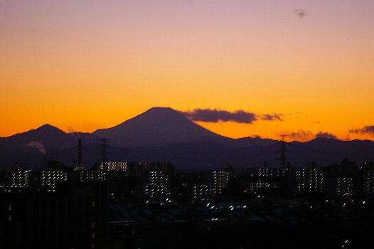 赤背景富士
