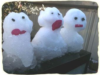 2011.2.14.雪だるま親子 のコピー