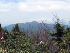 後袈裟丸山の山頂から赤城山