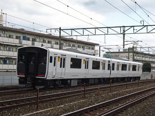 20120204試運転白い817 (2)
