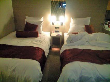 room1810.jpg