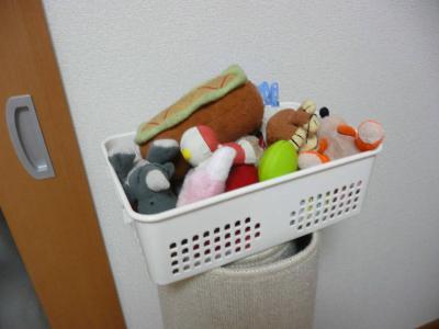 おもちゃ箱-s