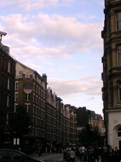 ロンドン56