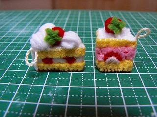 イチゴのフレジエとショートケーキ