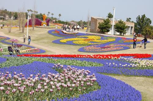 春の明石海峡公園