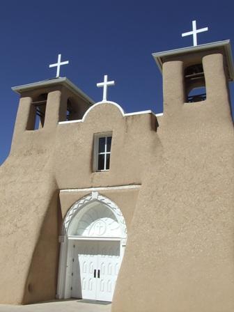タオス教会