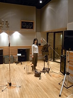 Yoko in the Studio2