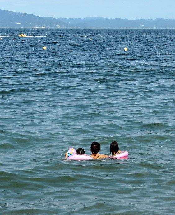 090720海の日の三浦海岸5