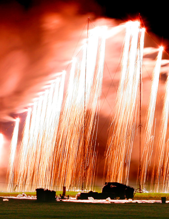 090723久里浜駐屯地花火5