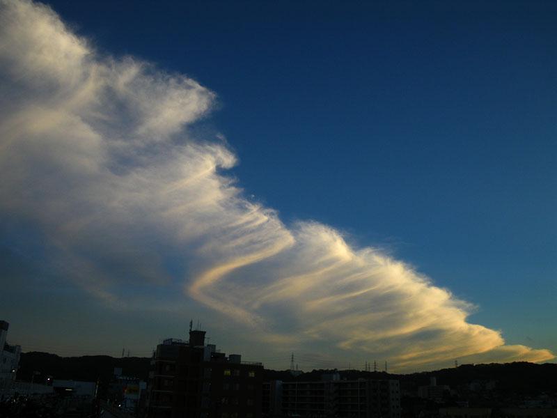 090804ツノ雲3