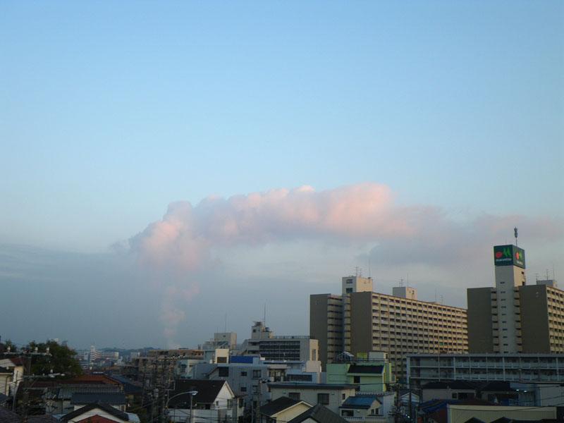 091125煙のような雲1