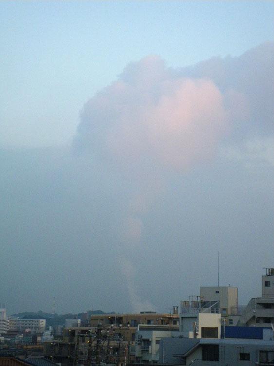 091125煙のような雲2