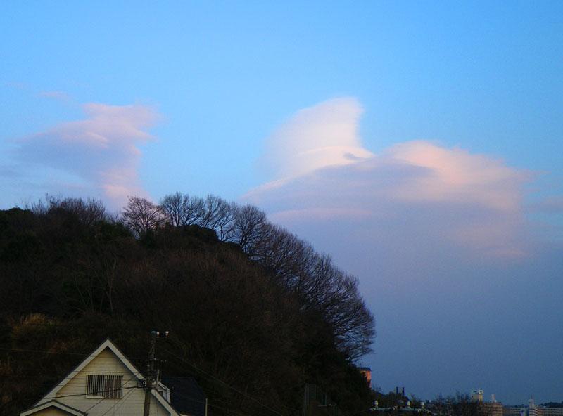 100125不思議な雲2