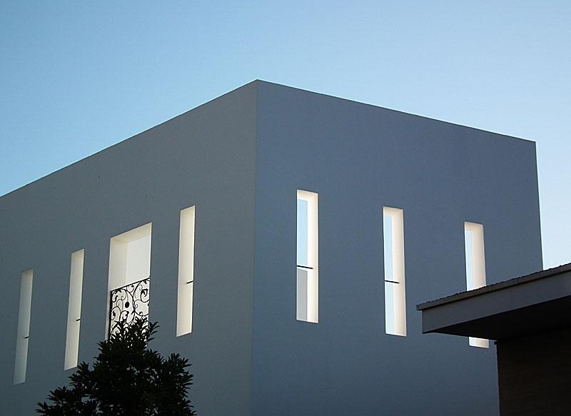 110109白い家