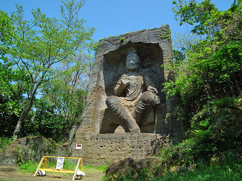 110424鷹取山磨崖仏3