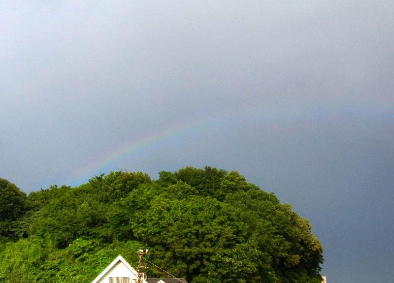 110630虹と彩雲1