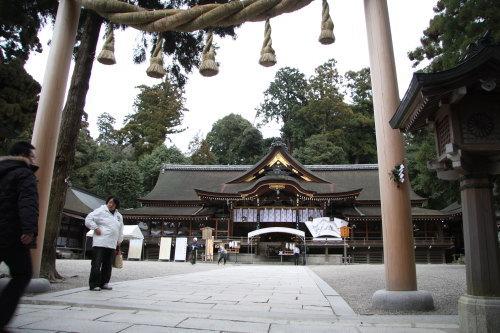 三輪神社02
