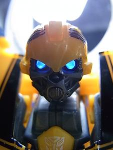 TF AA-02 BATTLE BLADE BUMBLEBEE 1009
