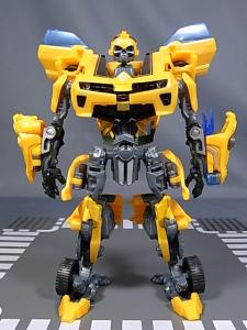 TF AA-02 BATTLE BLADE BUMBLEBEE 1010