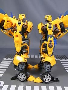TF AA-02 BATTLE BLADE BUMBLEBEE 1029