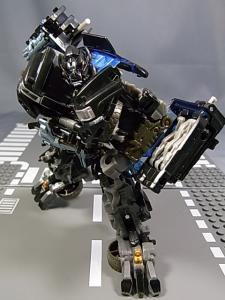 TF AA-03 IRONHIDE 1015