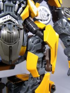 MPM-2 バンブルビー ロボット 1011